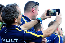Alain Prost make a selfie