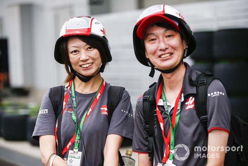 Haas F1 fans.