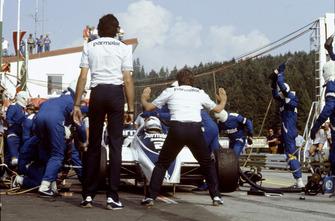 Riccardo Patrese, Brabham BT50-BMW, pitstop