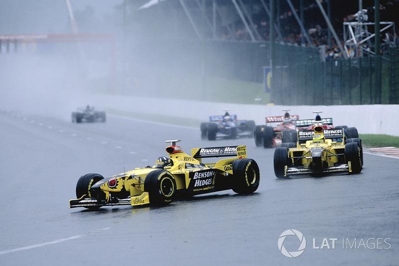 Damon Hill, Jordan 198 and Ralf Schumacher, Jordan 198