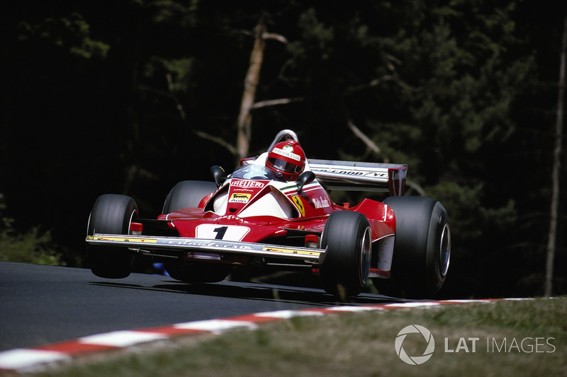 Niki Lauda: Anos na Ferrari: 1974-1977 / GPs: 57 / Vitórias: 15 / Títulos: 2