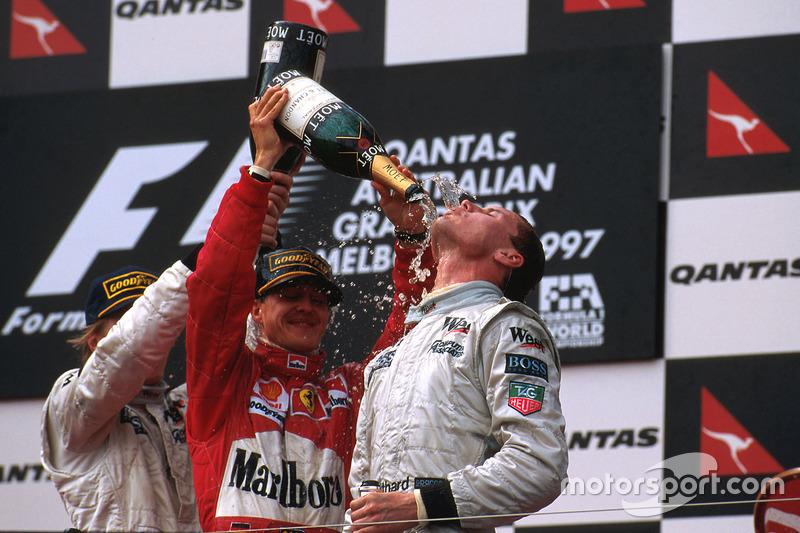 1997. Подіум: 1. Девід Култхард, McLaren Mercedes. 2. Міхаель Шумахер, Ferrari. 3. Міка Хаккінен, McLaren Mercedes