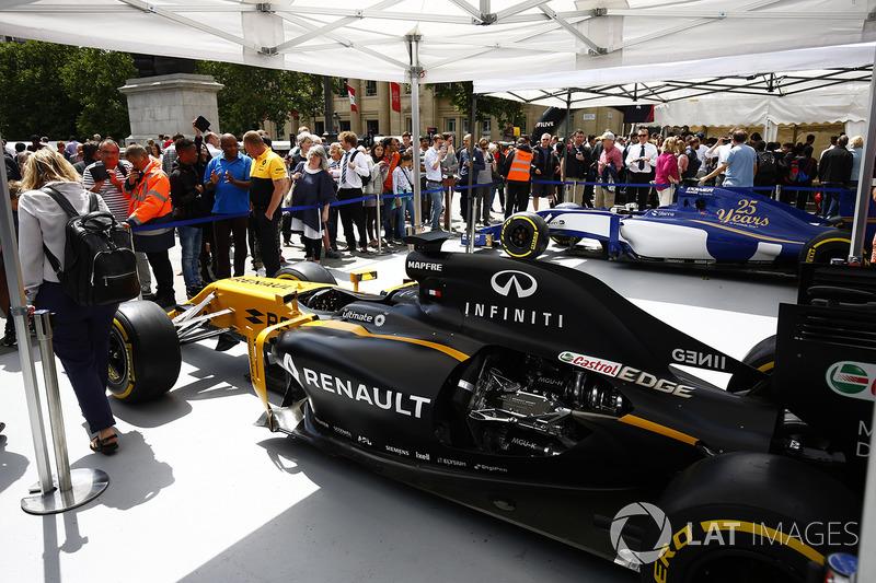 Fans di tenda Renault Sport F1 Team
