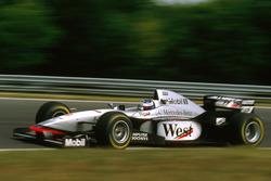 Міка Хаккінен, McLaren MP4/12