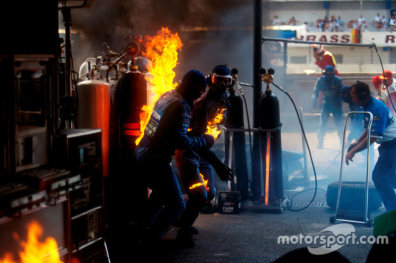 Fire during Jos Verstappen's pitstop at the 1994 German GP