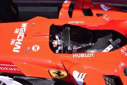 Кокпит Ferrari SF70H