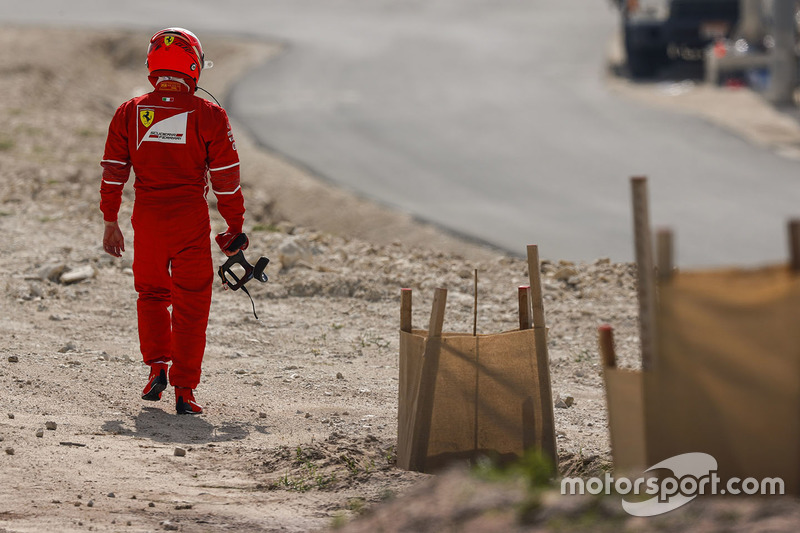Кімі Райкконен, Ferrari, прямує до боксів