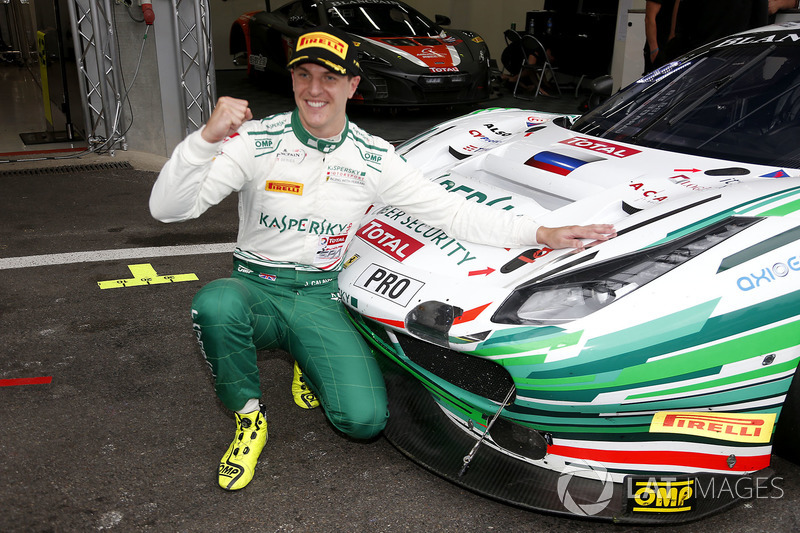 Polesitter #55 Kaspersky Motorsport Ferrari 488 GT3: James Calado
