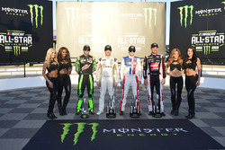 Chase Elliott, Hendrick Motorsports, Chevrolet; Daniel Suárez, Joe Gibbs Racing, Toyota; Ryan Blaney, Wood Brothers Racing, Ford; Clint Bowyer, Stewart-Haas Racing, Ford