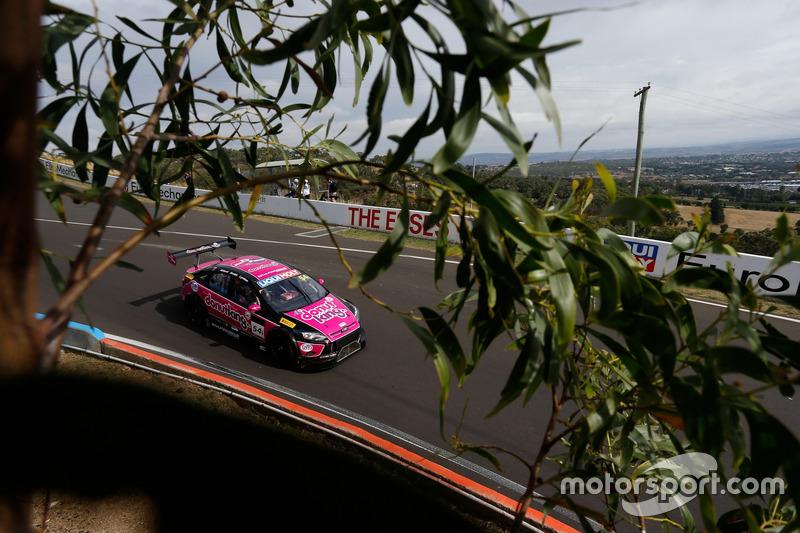 #54 MARC Cars Australia, MARC Focus V8: Tony Alford, Beric Lynton, Jeffrey Smith