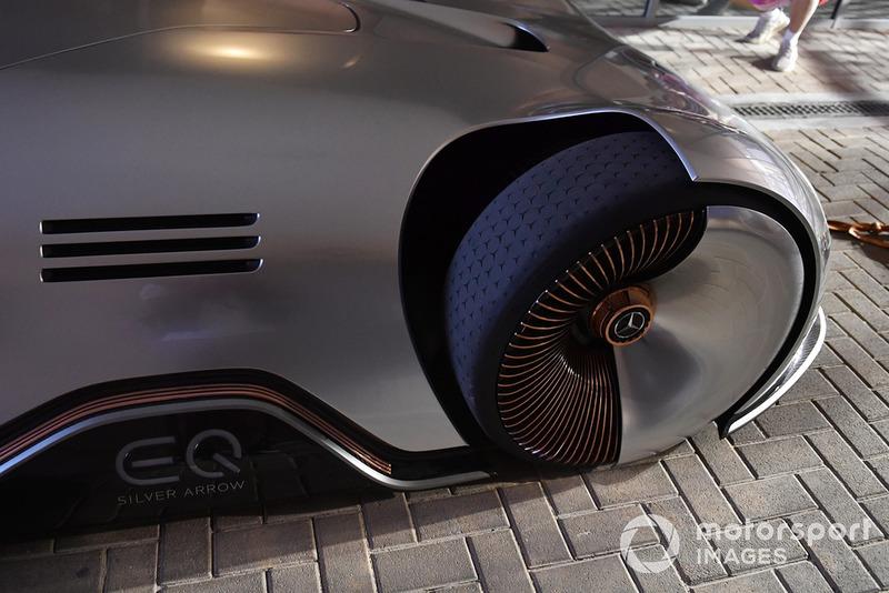 Mercedes-Benz EQ Silver Arrow concept