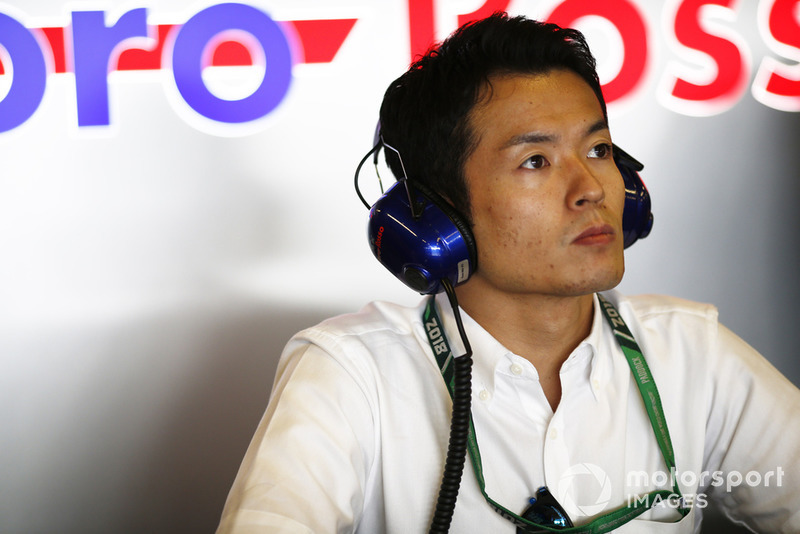 Naoki Yamamoto , Champion de Super Formula, dans le garage Toro Rosso