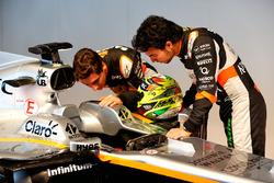 (L to R): Esteban Ocon, Sahara Force India F1 Team with Sergio Perez, Sahara Force India F1 and the Sahara Force India F1 VJM10