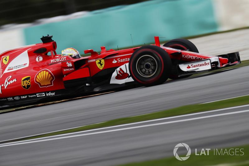Sebastian Vettel, Ferrari SF70H, srikes up sparks