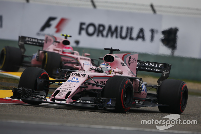 Sergio Perez, Force India VJM10, leads Esteban Ocon, Force India VJM10