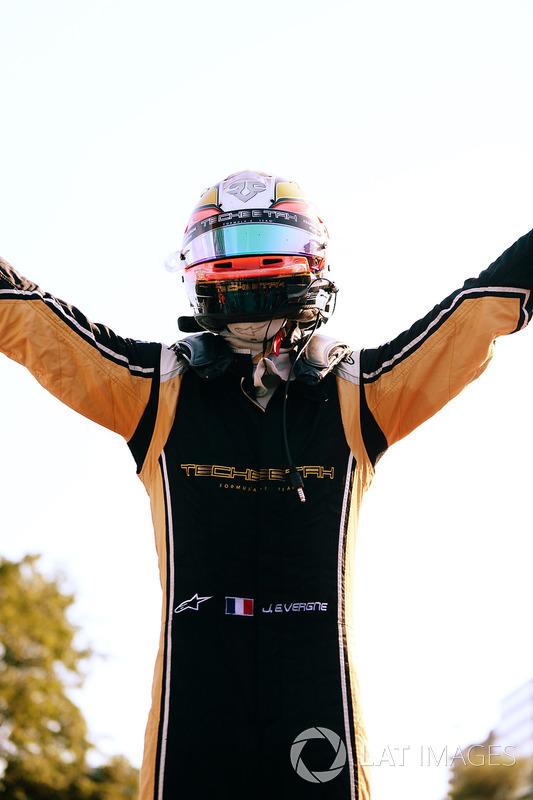 Jean-Eric Vergne, Techeetah, celebra al ganar la carrera