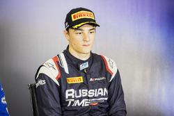 Tercer lugar Artem Markelov, RUSSIAN TIME