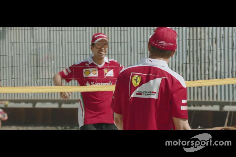 Partido de voley playa entre Sebastian Vettel y Kimi Raikkonen