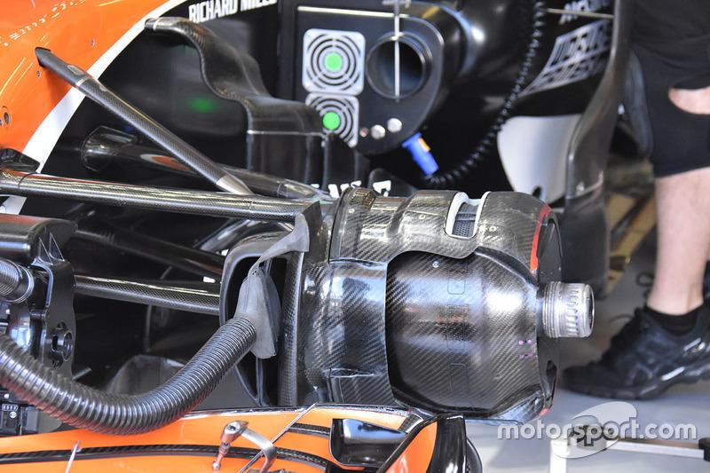 McLaren MCL32: Vorderradbremse
