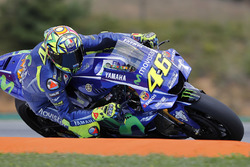 Valentino Rossi, Yamaha Factory Racing met nieuwe aerodynamische kuip