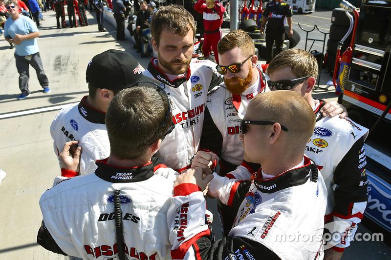 Crew von Brad Keselowski, Team Penske, Ford
