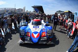 #13 Vaillante Rebellion Racing, Oreca 07 Gibson: Mathias Beche, David Heinemeier Hansson, Nelson Piquet Jr., bei der technischen Abnahme