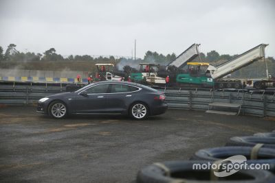 Circuit Bugatti resurfacing project