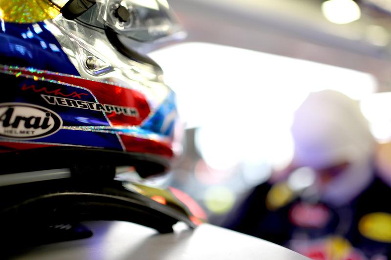 El casco de Max Verstappen, Red Bull Racing