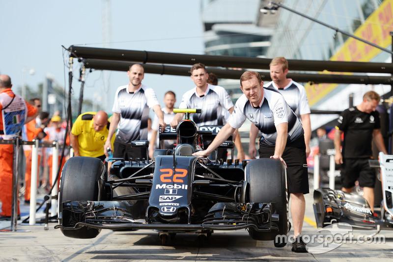 McLaren MP4-31 of Jenson Button, McLaren