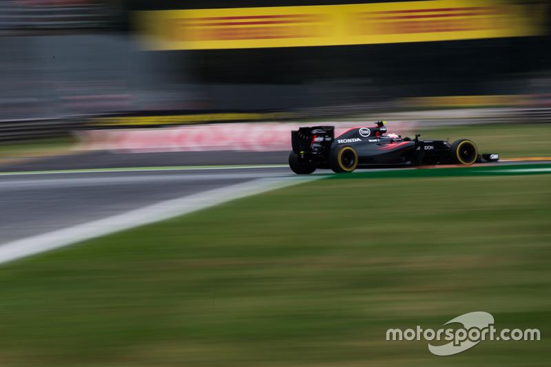 Jenson Button, McLaren Honda F1 Team MP4-31