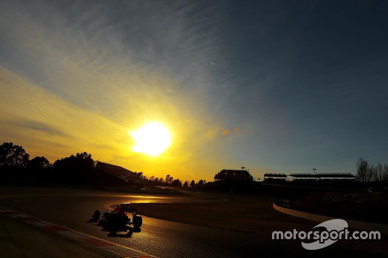 #2: Red Bull-TAG Heuer RB12: Daniel Ricciardo