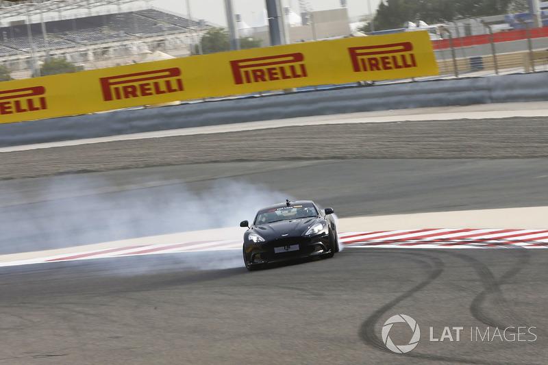 Pirelli hot laps con Daniel Ricciardo, Red Bull Racing