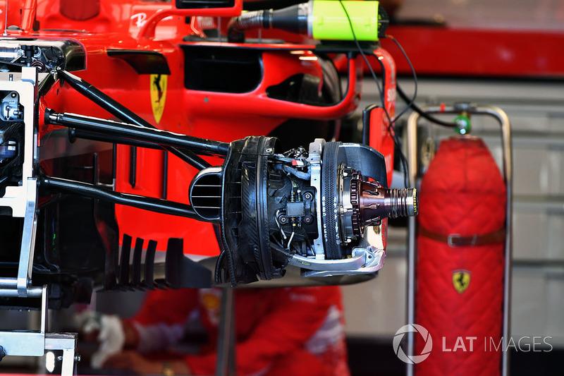 Ferrari SF71H ön fren ve teker detay