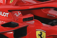 Ferrari SF71H, дзеркало