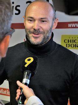 Sébastien Carron, Gewinner der Ausgabe 2016 des RIV, am Mikrofon von Canal 9
