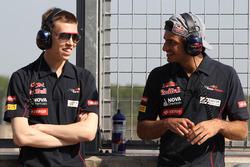 Daniil Kvyat, Scuderia Toro Rosso and Carlos Sainz Jr., Scuderia Toro Rosso.