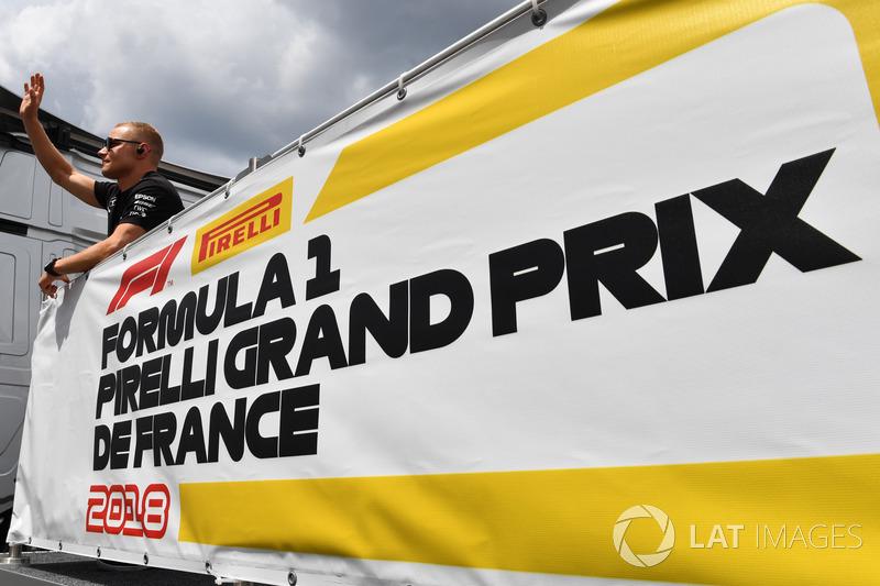 Valtteri Bottas, Mercedes-AMG F1 lors de la parade des pilotes