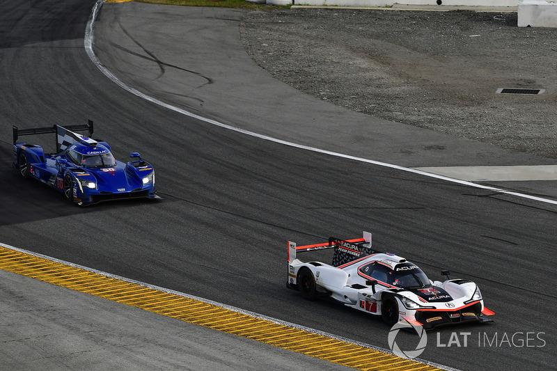 #7 Acura Team Penske Acura DPi, P: Еліо Кастроневес, Рікі Тейлор, Грем Рейхол