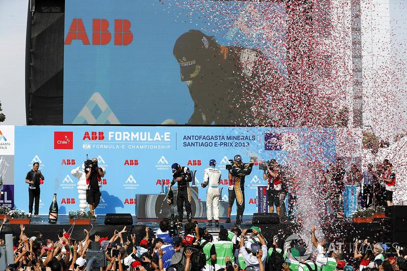 Jean-Eric Vergne, Techeetah, Andre Lotterer, Techeetah, Sébastien Buemi, Renault e.Dams celebrate on the podium
