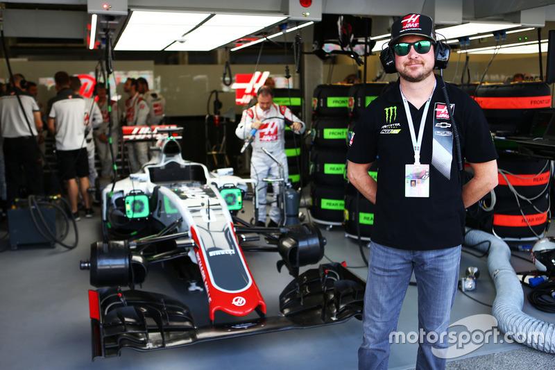 Kurt Busch, piloto de NASCAR en el equipo Haas F1 Team