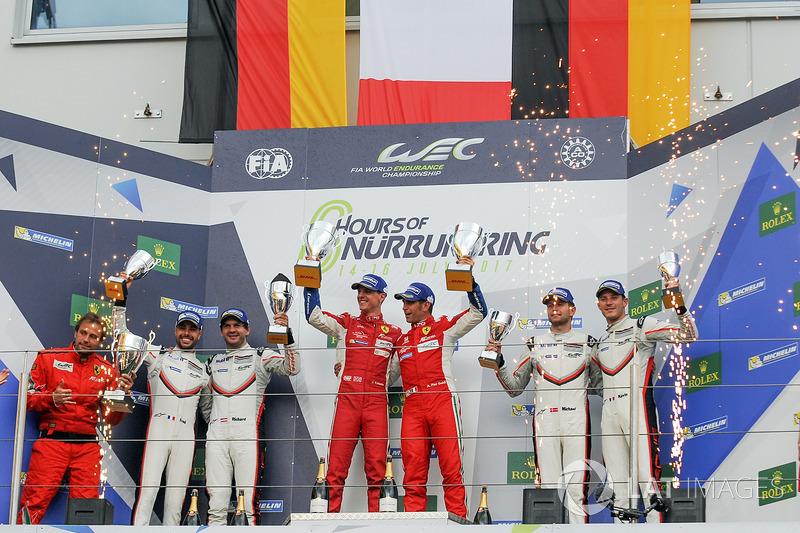 LMGTE Pro Podio: primer lugar James Calado, Alessandro Pier Guidi, AF Corse, segundo lugar Richard