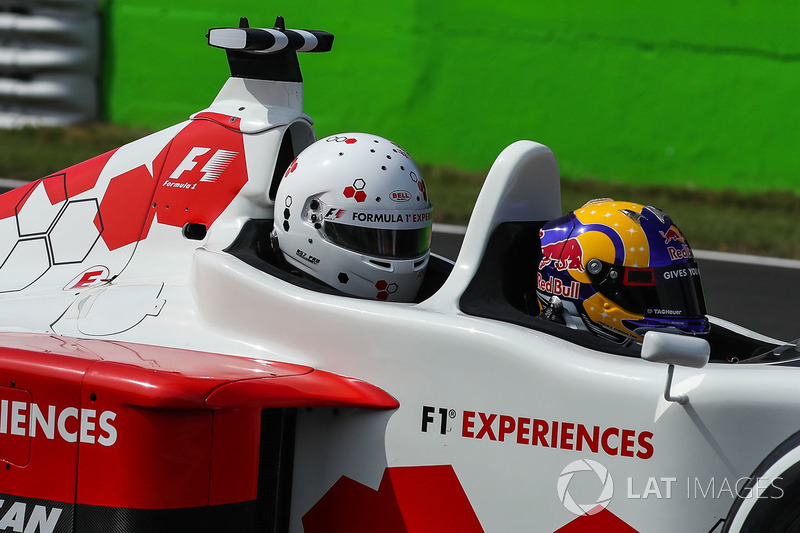 Patrick Friesacher, F1 Experiences 2-Seater driver