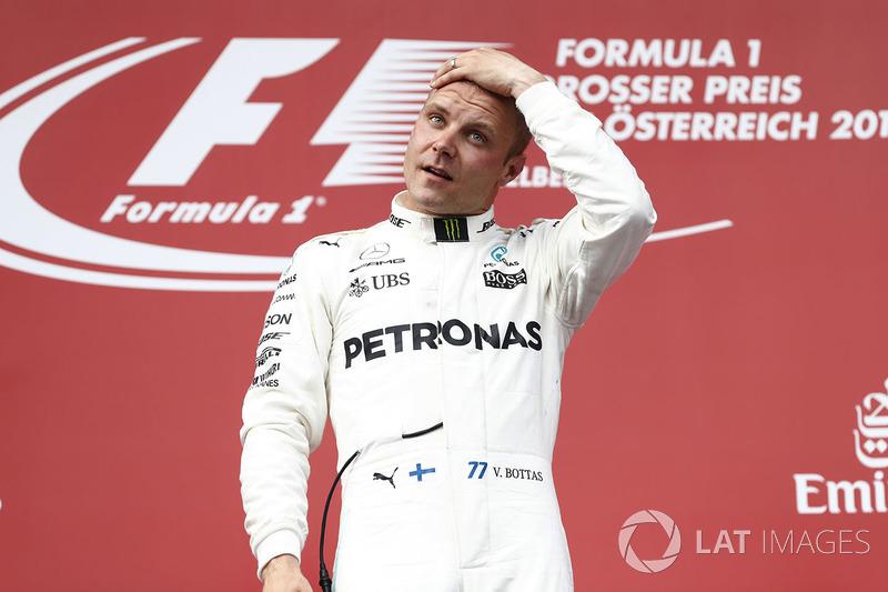 Race winner Valtteri Bottas, Mercedes AMG F1, on the podium