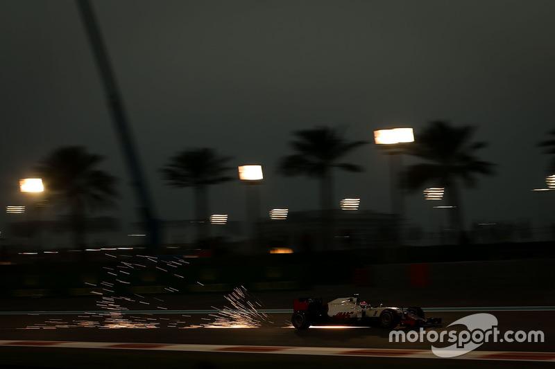 Ф1, Абу-Дабі 2016: Естебан Гутьеррес, Haas VF-16