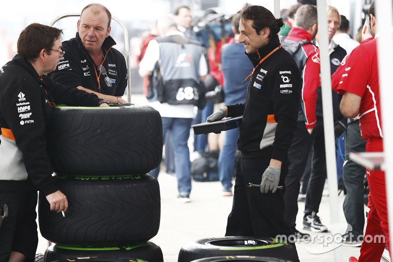 Force India team members