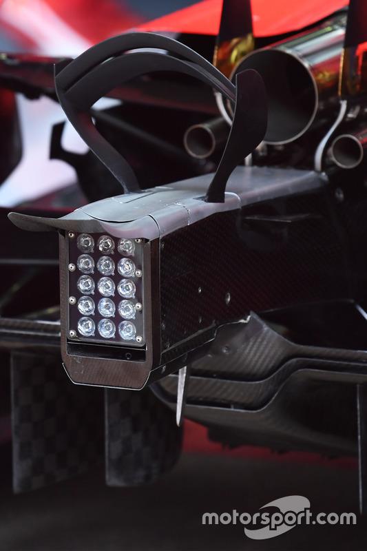 Задняя часть Ferrari SF70H