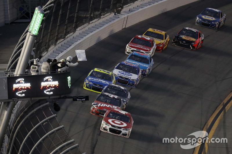 Kyle Larson, Chip Ganassi Racing, Chevrolet, führt