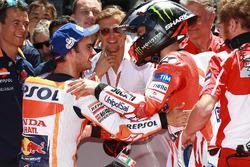 Ganador de la pole Dani Pedrosa, Repsol Honda Team, segundo Jorge Lorenzo, Ducati Team