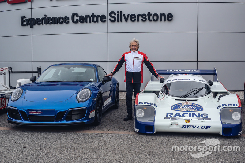 Derek Bell, Porsche 911 Carrera GTS 4 British Legends Edition