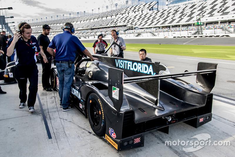 #90 VisitFlorida.com Racing Multimatic Riley LMP2: Marc Goossens, Renger van der Zande
